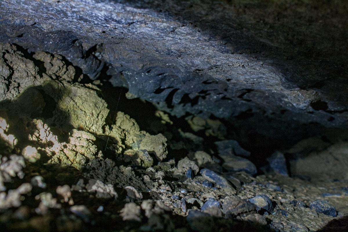 Prospection gouffre 3 départ galerie vers aval