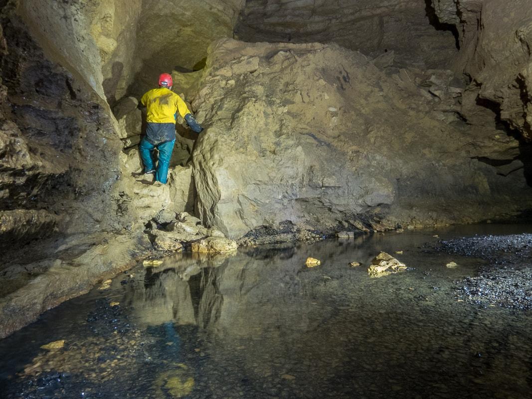 Rivière souterraine de Champdeniers - Accès vers le couloir des dunes