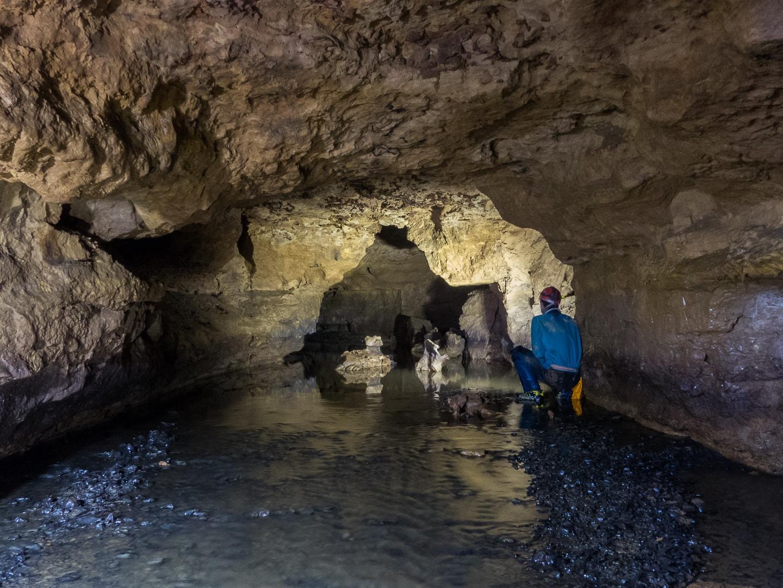 Rivière souterraine de Champdeniers - Couloir du sous-marin