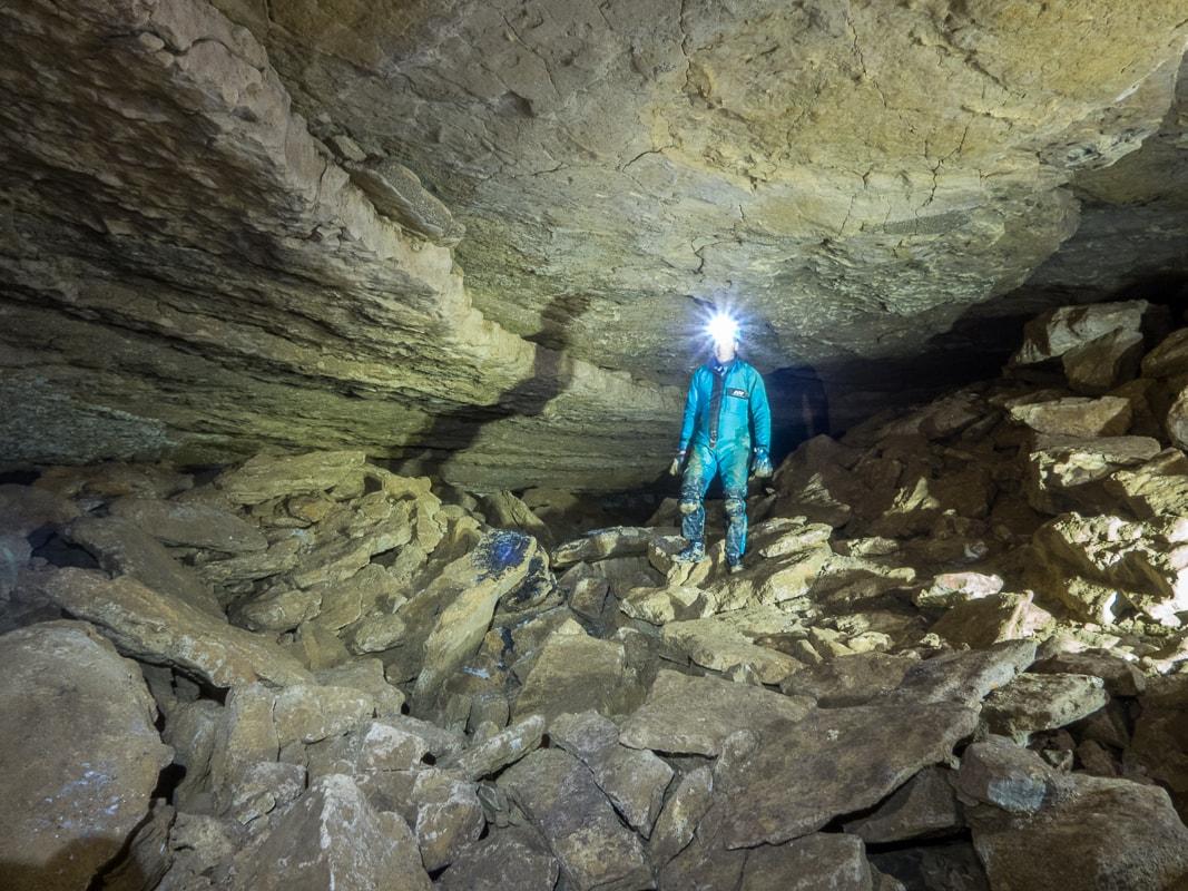 Rivière souterraine de Champdeniers dans la salle ronde